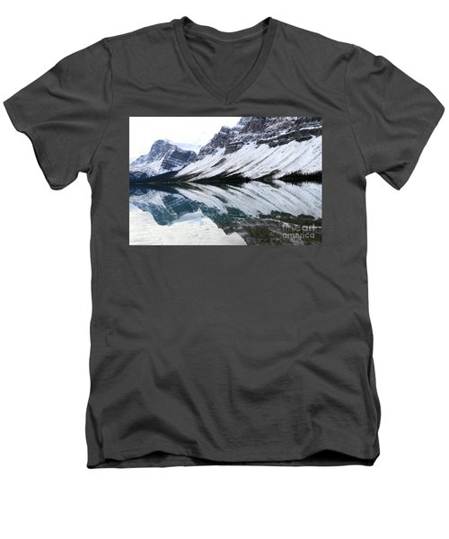 Bow Lake Men's V-Neck T-Shirt