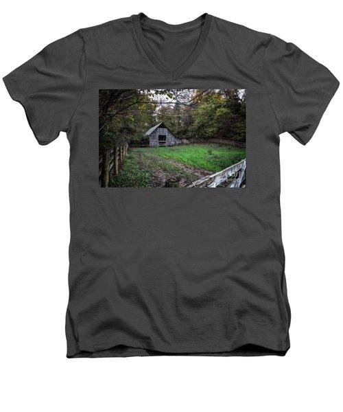 Boxley Valley Men's V-Neck T-Shirt
