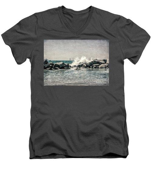 Breakwater Men's V-Neck T-Shirt