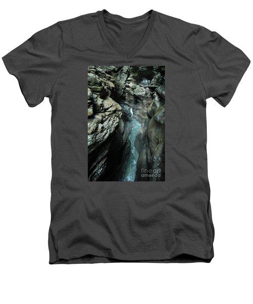 Breitach Gorge Oberstdorf 8 Men's V-Neck T-Shirt