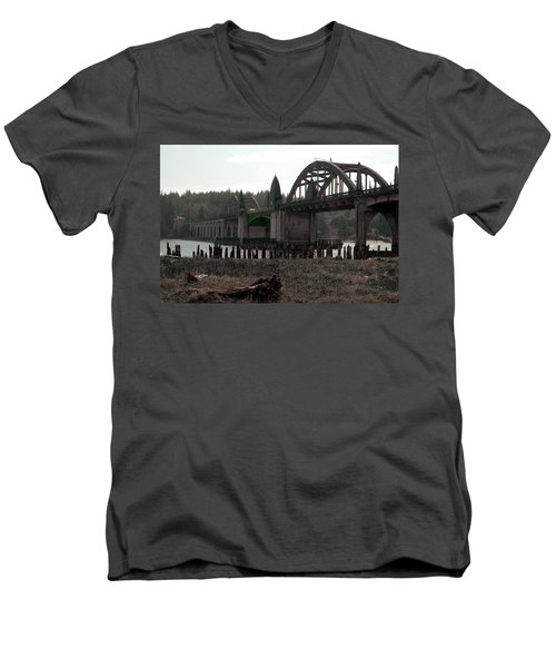 Bridge Deco Men's V-Neck T-Shirt