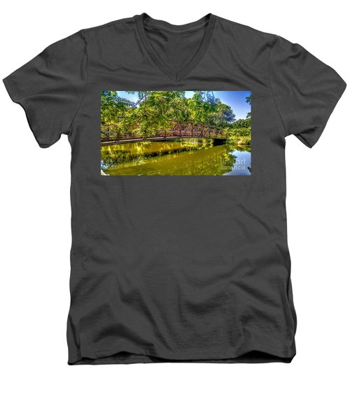 Bridge Over Delaware Canal At Colonial Park Men's V-Neck T-Shirt