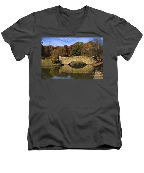 Bridge Reflection Men's V-Neck T-Shirt