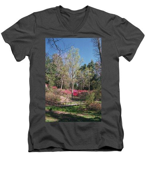 Bridge Walkway Men's V-Neck T-Shirt