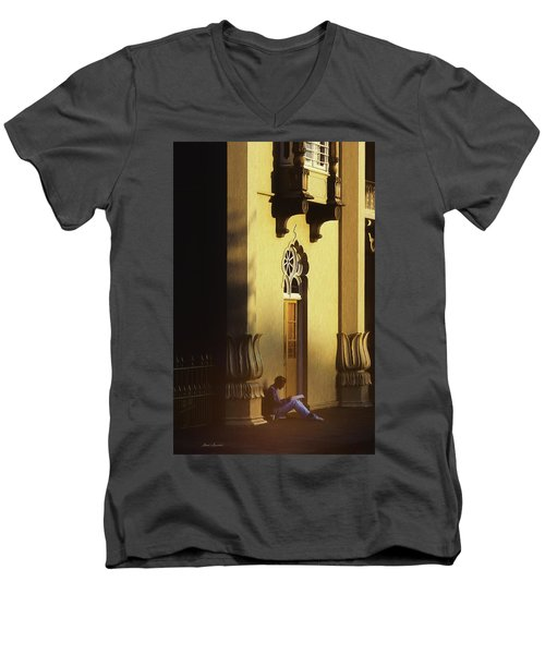 Brighton England Artist Drawing Men's V-Neck T-Shirt