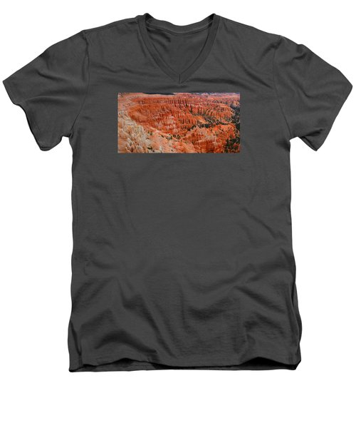 Bryce Canyon Megapixels Men's V-Neck T-Shirt