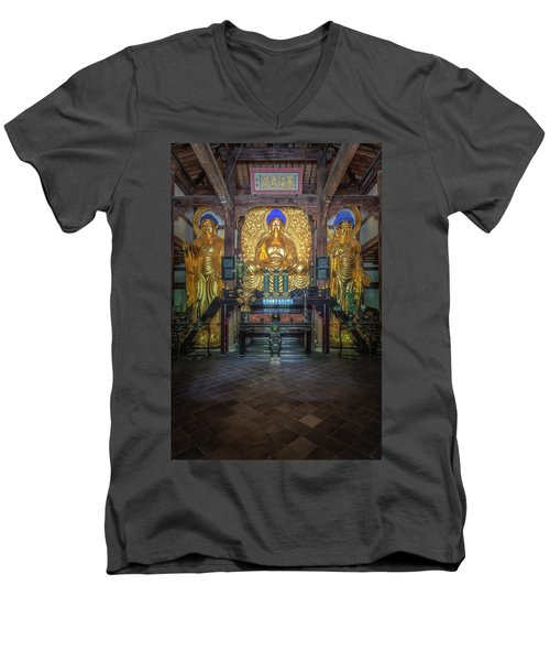 Buddhas Men's V-Neck T-Shirt
