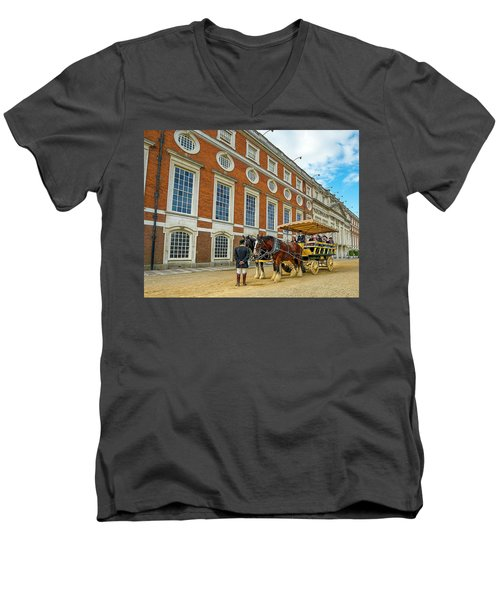 Buggy Men's V-Neck T-Shirt