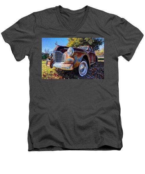 Buick Eight Men's V-Neck T-Shirt