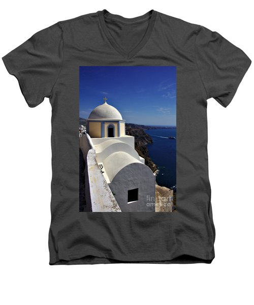 Building In Fira Men's V-Neck T-Shirt