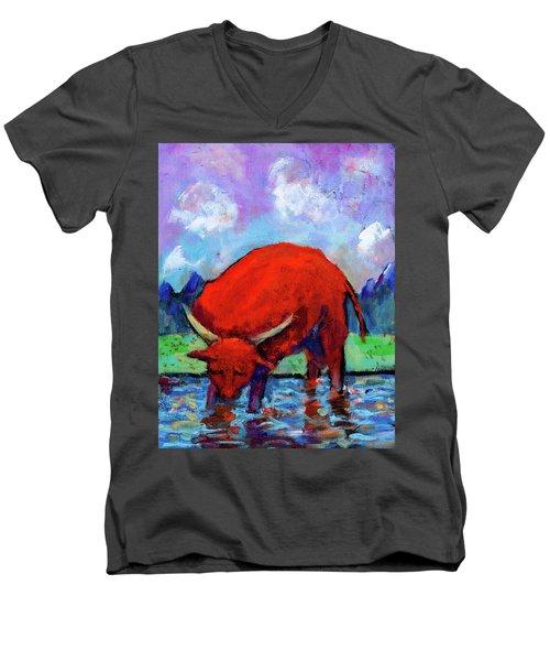 Bull On The River Men's V-Neck T-Shirt