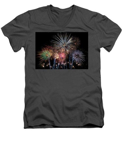 Burst Men's V-Neck T-Shirt