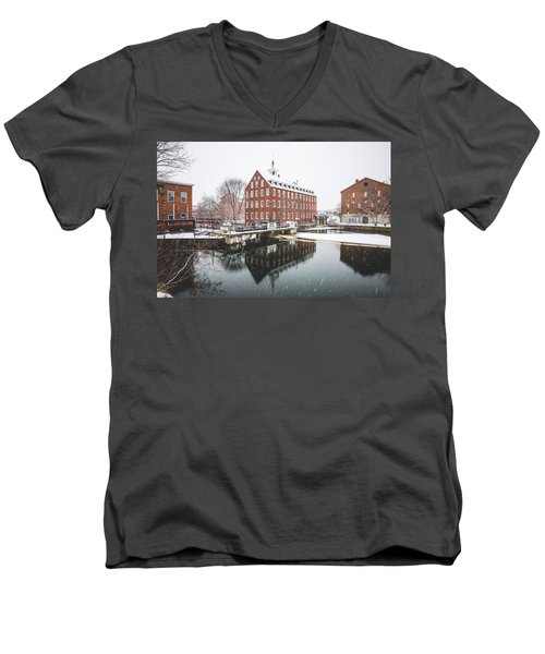 Men's V-Neck T-Shirt featuring the photograph Busiel-seeburg Mill by Robert Clifford
