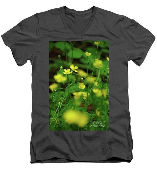 Buttercup Grouping- Vertical- Butler Creek Trail Men's V-Neck T-Shirt