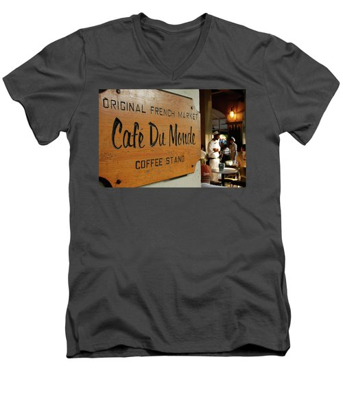 Cafe Du Monde Men's V-Neck T-Shirt
