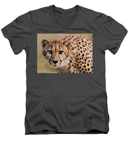 Calculated Look Men's V-Neck T-Shirt