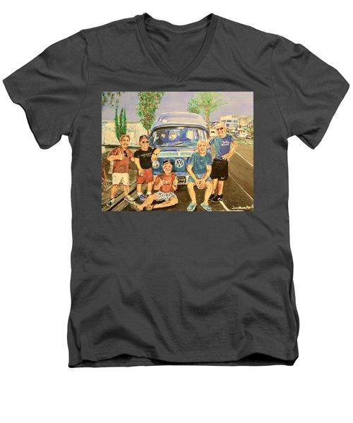 California Rednecks Men's V-Neck T-Shirt