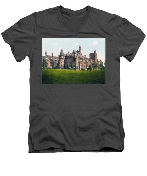 Cambridge - England - Girton College Men's V-Neck T-Shirt