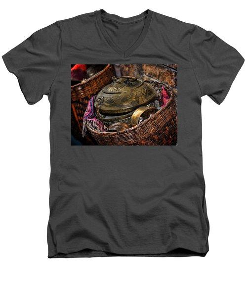 Camelback 8850 Men's V-Neck T-Shirt