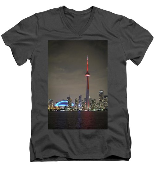 Toronto Skyline Men's V-Neck T-Shirt