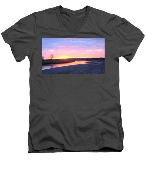 Canadian River Sunset Men's V-Neck T-Shirt
