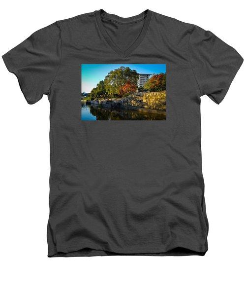 Canal Walk Men's V-Neck T-Shirt