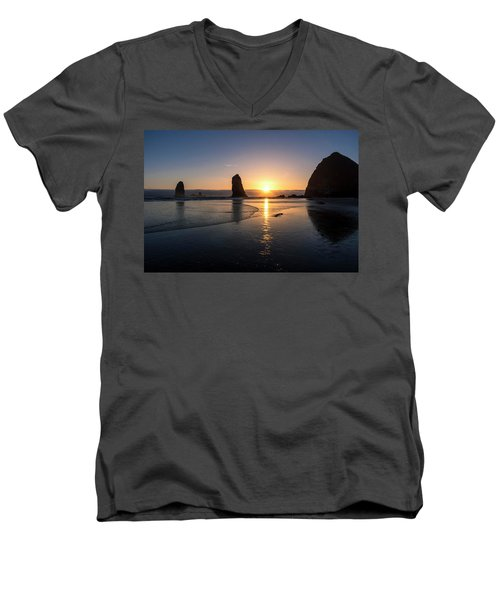 Cannon Beach Sunset Men's V-Neck T-Shirt