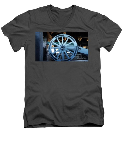 Cannon Men's V-Neck T-Shirt