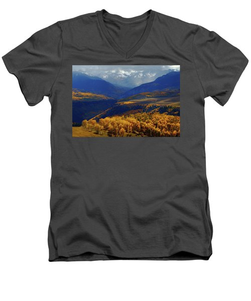 Canyon Shadows And Light From Last Dollar Road In Colorado During Autumn Men's V-Neck T-Shirt by Jetson Nguyen