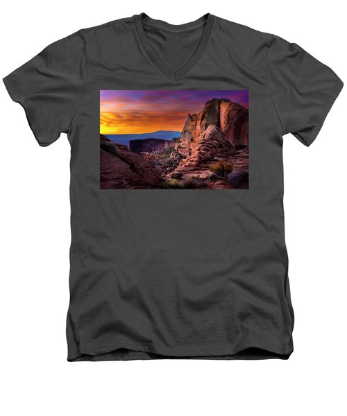 Canyonlands Sunrise Men's V-Neck T-Shirt