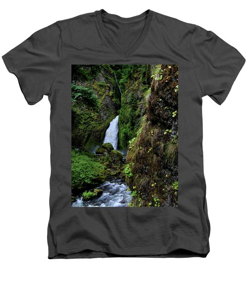 Canyon's End Men's V-Neck T-Shirt