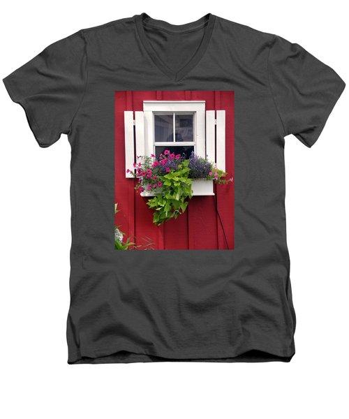 Cape Cod Window Box Men's V-Neck T-Shirt