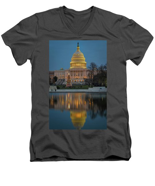 Capitol Reflection At Christmas Men's V-Neck T-Shirt