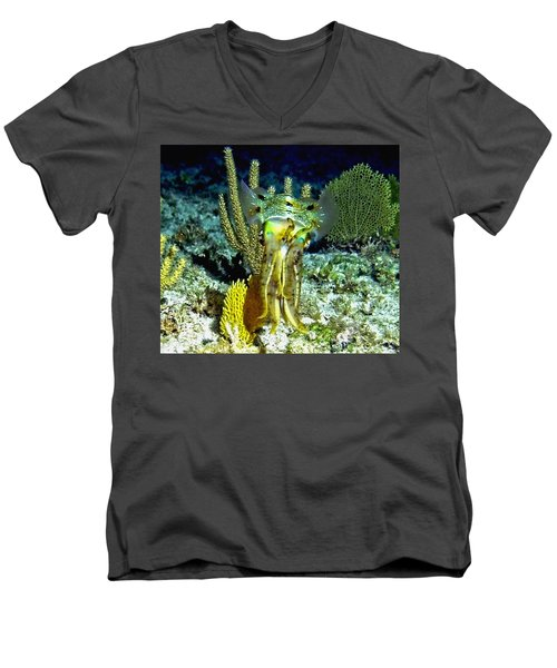 Caribbean Squid At Night - Alien Of The Deep Men's V-Neck T-Shirt