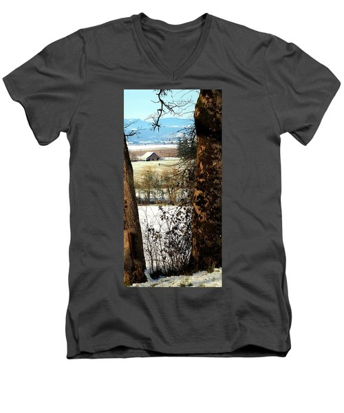 Carlton Barn Men's V-Neck T-Shirt
