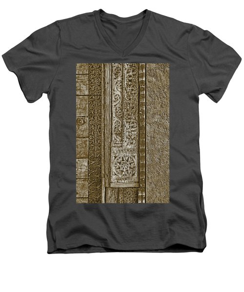 Men's V-Neck T-Shirt featuring the photograph Carving - 6 by Nikolyn McDonald