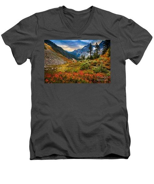 Cascade Pass Fall Men's V-Neck T-Shirt