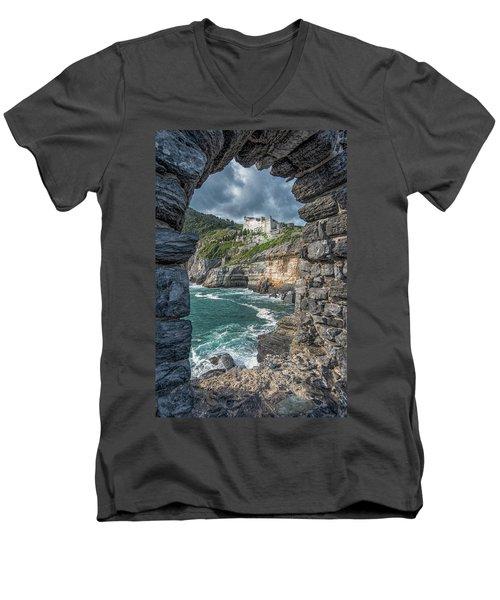 Castello Doria Men's V-Neck T-Shirt