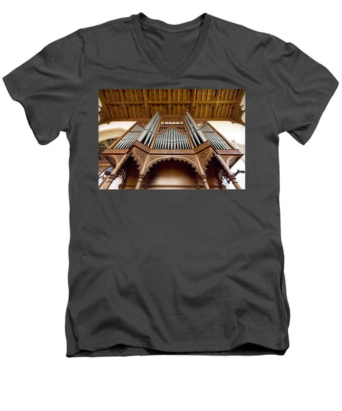 Castle Ashby Pipe Organ Men's V-Neck T-Shirt