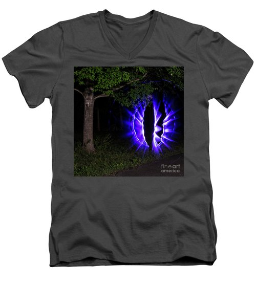 Cat Eye Men's V-Neck T-Shirt