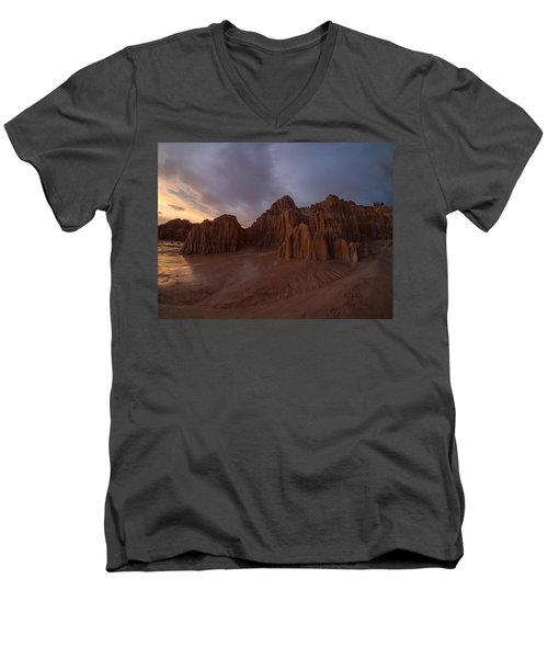 Cathedral Gorge Men's V-Neck T-Shirt