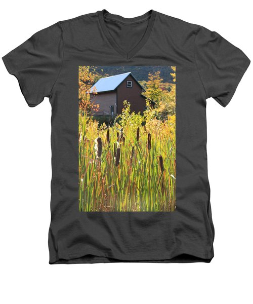 Cattails And Barn Men's V-Neck T-Shirt