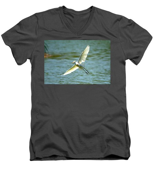 Cattle Egret Right Banking Turn - Digitalart Men's V-Neck T-Shirt