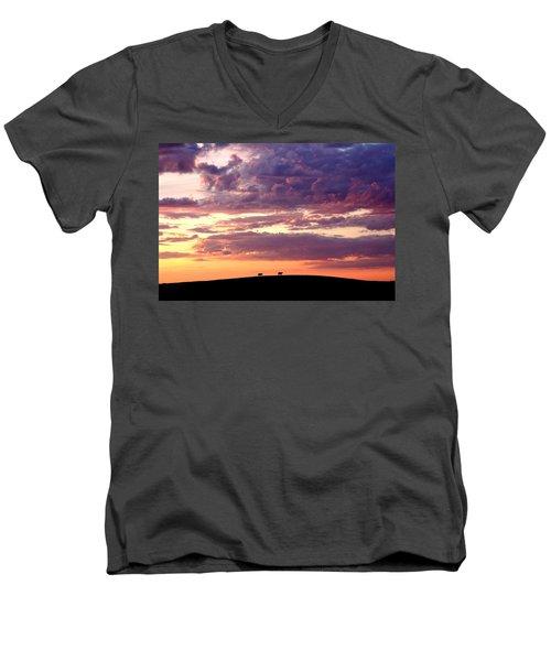 Cattle Ridge Sunset Men's V-Neck T-Shirt