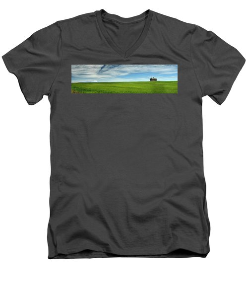 Center Ridge Schoolhouse With Mt. Hood Men's V-Neck T-Shirt