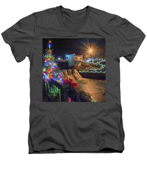 Chagrin Falls At Christmas Men's V-Neck T-Shirt
