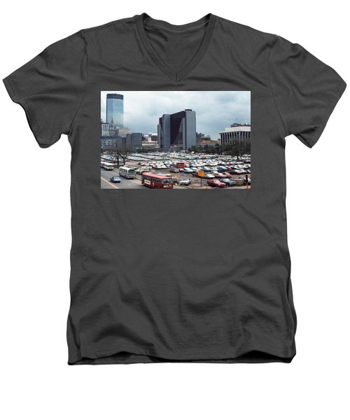 Changing Skyline Men's V-Neck T-Shirt