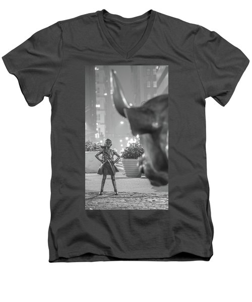 Charging Bull And Fearless Girl Nyc  Men's V-Neck T-Shirt