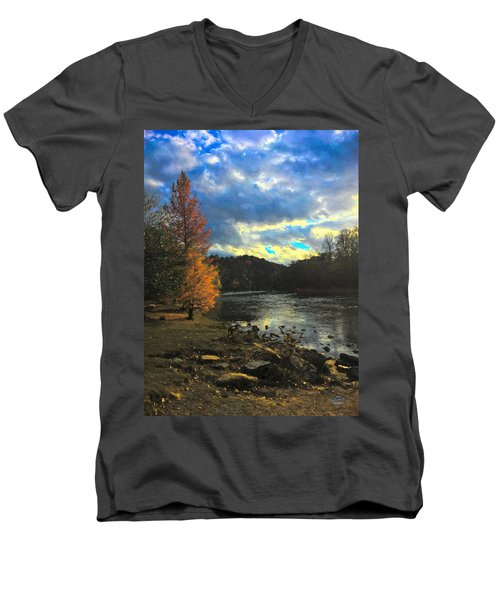 Chattahoochee Fall Men's V-Neck T-Shirt