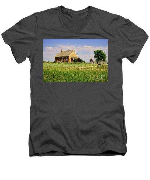 Chesterfield Church Men's V-Neck T-Shirt